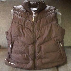 Nice Zeroxposer brown down vest large